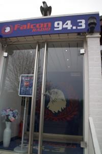 Falcon Radio 1